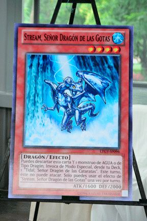 Giant-card-2