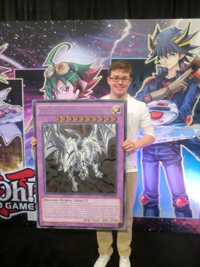 Sunday's Attack of the Giant Card Winner