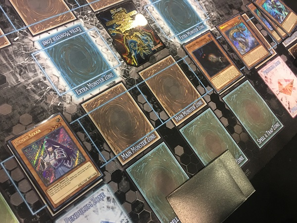 Yu-Gi-Oh! TCG Event Coverage » Round 10 Feature Match: Brandon